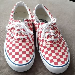 Vans men red checkered Lace Up sneakers nwt skater